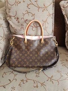 Authenic Louis Vuitton Pallas
