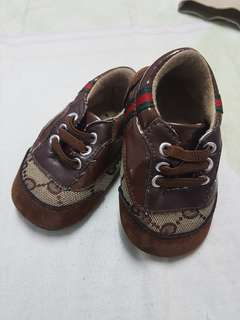 Baby Shoes ukuran kaki 12.5cm tapak keras