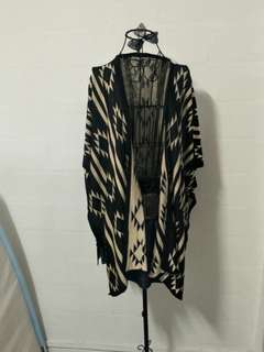 💟 C0005 Beige/Black Plus Size Outerwear