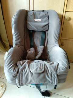 Britax Safe n Sound car seat