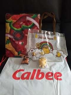 CALBEE 卡樂B迎豐跑 T-shirt+58吋大毛巾+匙扣+索袋+手挽袋+印水紙