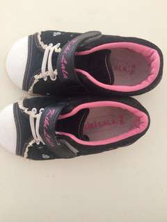 Shoes for girl kids
