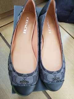🔈🔉🔊 限時優惠 $450🔈🔉🔊Coach 黑色平底鞋