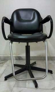 Saloon chair - kerusi saloon