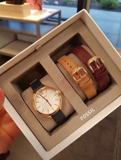 [PO] Fossil Suitor Three-Hand Interchangeable Strap Gift Set