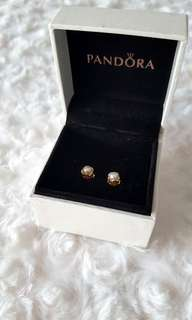 14kt Gold Pandora Pearl Earrings