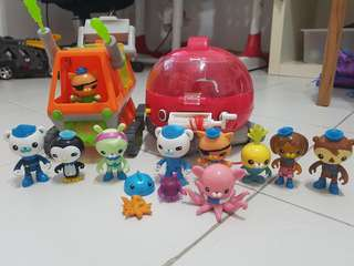 Octonaut toys with figurines