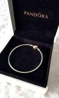 14kt Gold Clasp Pandora Bangle