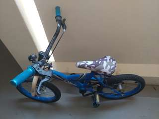 Children's Bicycle @ $20 only!!! In working condition.