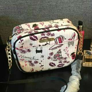 Victoria secret slingbag