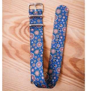 20mm NATO watch strap, Blue Flower Power