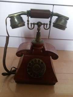 古董坐檯電話