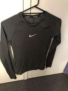 Nike Aeroreact Long Sleeve Shirt