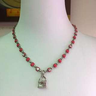 Chloe 鑲水鑽銀色鎖頭墜飾桃紅圈型銀色項鍊(我愛❤️媽媽~特價5200元!)母親節特價
