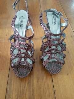 Guess heels 7.5