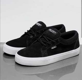 Sepatu Skate Instinct