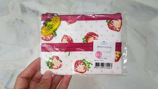 Naraya Tissue Case with coin pouch