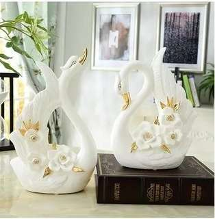 Ceramic / Swan / Gift / Decor / Pair