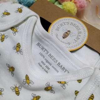 🐝Burt'sbeesbaby🐝 Bees mongram Bibs x 2  (one size) #口水肩 #organiccotton #有機棉 #bb #送禮