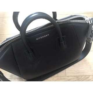 Givenchy - Antigona Medium Black replica