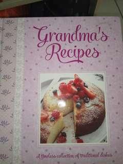 """Jual buku resep masakan dari luar negeri,  """"GRANDMA'S RECIPE""""  Kondisi 98%"""