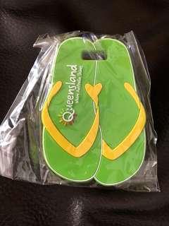 Queensland 青黃色拖鞋行李tag 牌