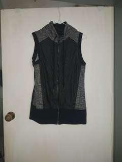 Lorna Jane vest size L