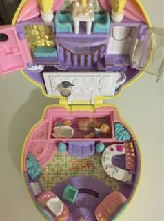 1995 Polly Pocket Stylin' Salon
