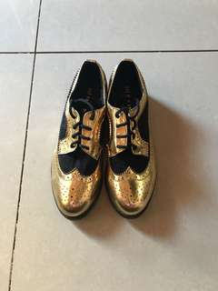 Black and Gold Oxford Shoes