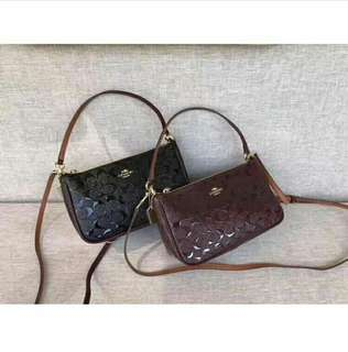 AUTHENTIC COACH SLING EMBOSSED (F56518 )