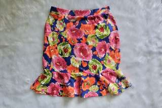 Floral Ruffled Hem Skirt (Stretchable)