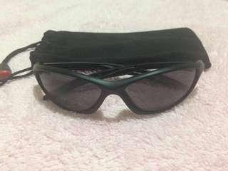 i2i New York  Sunglasses