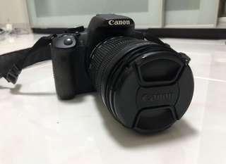 650D Canon DSLR 18-135mm lens