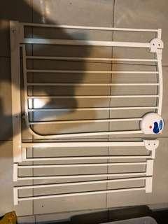 嬰兒寵物專用門欄