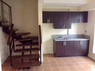 Hi to all Employer & Employee who's working to BGC area. We are selling this 2BR loft type unit minutes away to your workplace area (BGC)