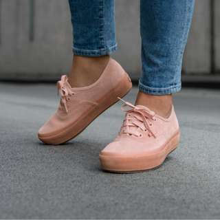 Vans Authentic Platform Suede Pink