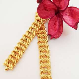 Coco Gold Bracelet 916*Postage only