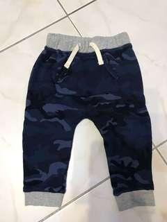 Gap迷彩長褲