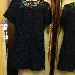 滿版蕾絲深藍小洋裝