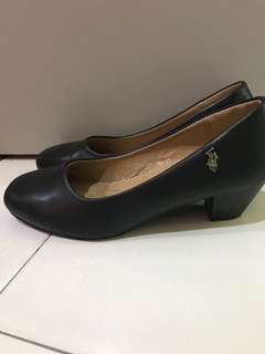 Swiss Polo Shoes Size 35