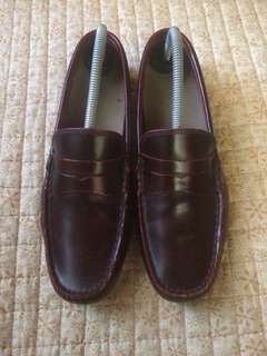 Lacoste leather shoes/loafers