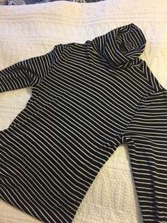 Max stripped top