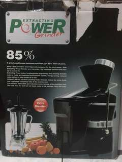 Juicer 3 in 1 +bonus blender