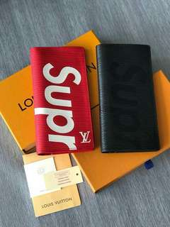 Wallet Lv supreme/lv/coach