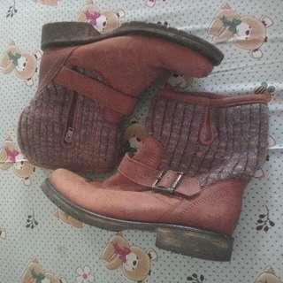 Steve Madden boots/6