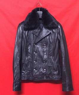 日本品牌FUGA 頂級窄版柔軟羊皮百褡型男紳士雙排扣騎士皮衣 真皮