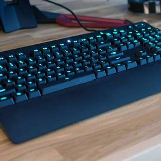 LOGITECH GAMING KEYBOARD AND MOUSE