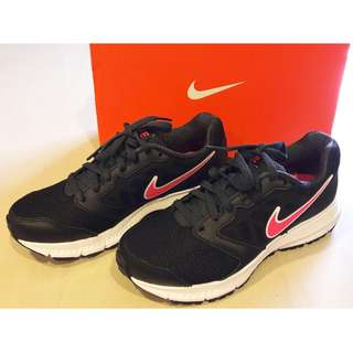 NEW Authentic WMNS Nike Downshifter 6