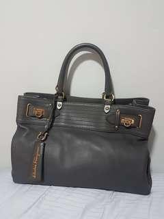 Ultra Good Deal! Mint condition Pre-loved Salvatore Ferragamo W Vitello Tote Bag in a Special Bluish Grey Colour