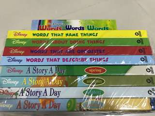Grolier Disney Words and A story a day (8 books) + CDs